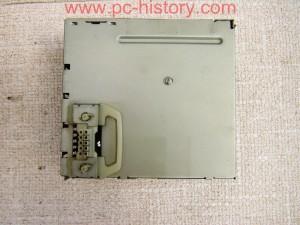 Macintosh_7100-66_power_3