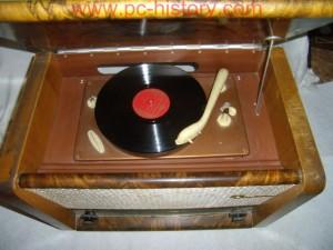 Radio_VEF-Akkord_4-2