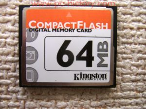 Kingston_CompactFlash_64-MB