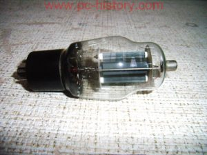 lampa_6p7s_1965