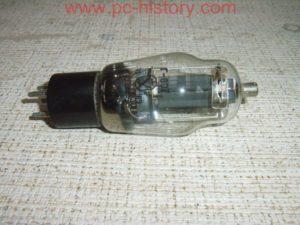 lampa_g-807_1969
